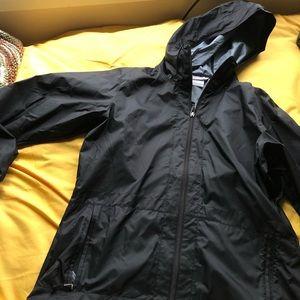 columbia raincoat- like new!